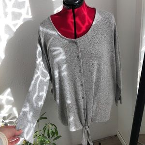 Grey button up front tie longsleeve tee